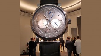 The 2018 SIHH giant watch Exhibitions