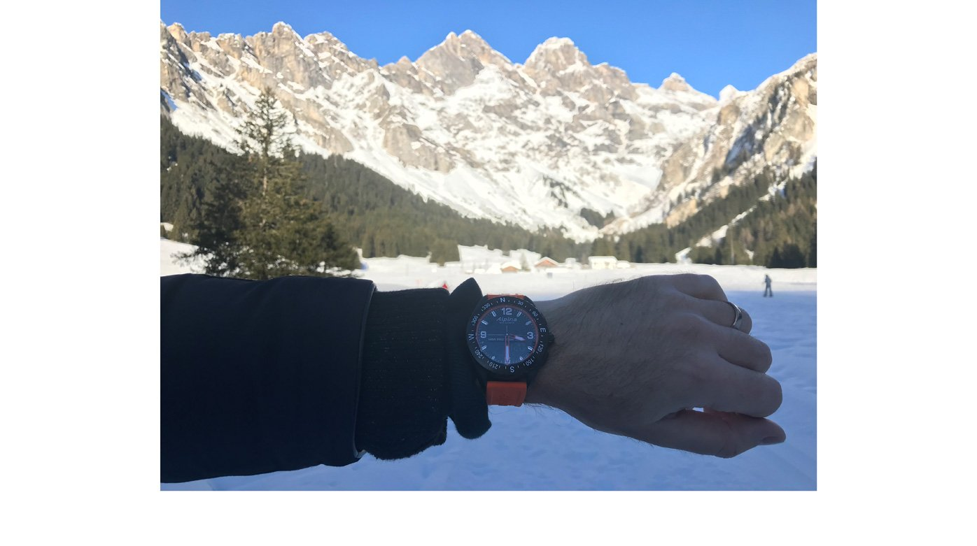 Alpina - The Alpiner X smart watch for outdoors