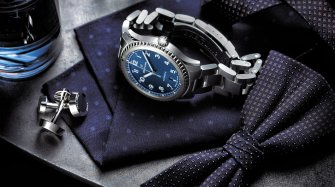 Navitimer 8 Automatic Trends and style