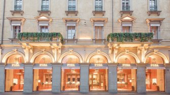 The de Grisogono Salotto in Milan Retail