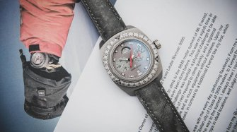 Raider Bivouac 9000 Auction  Watches