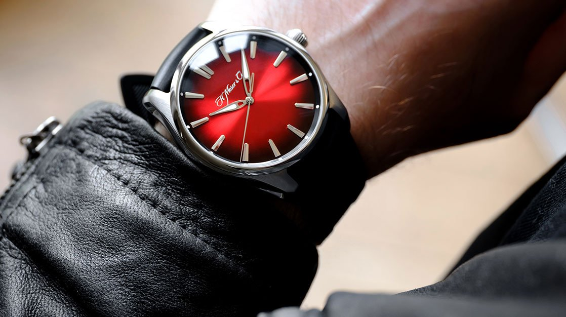 H.Moser & Cie. - Pioneer Centre Seconds Swiss Mad Red