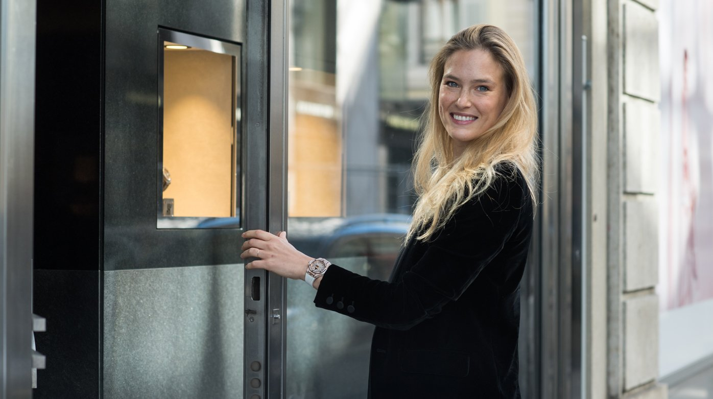 Hublot - Bar Refaeli visiting Geneva