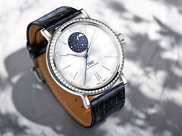IWC - Ladies' watches ahoy! The new IWC Portofino Midsize collection