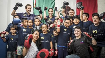 Adriana Lima took part in a boxing session with children in Mexico City