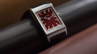 Reverso, back on track (and back to basics) Trends and style