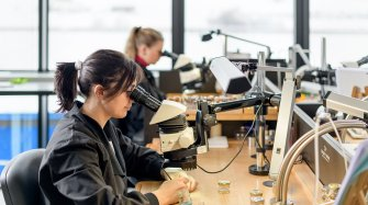 Jaquet Droz rejoint le Responsible Jewellery Council Manufacture