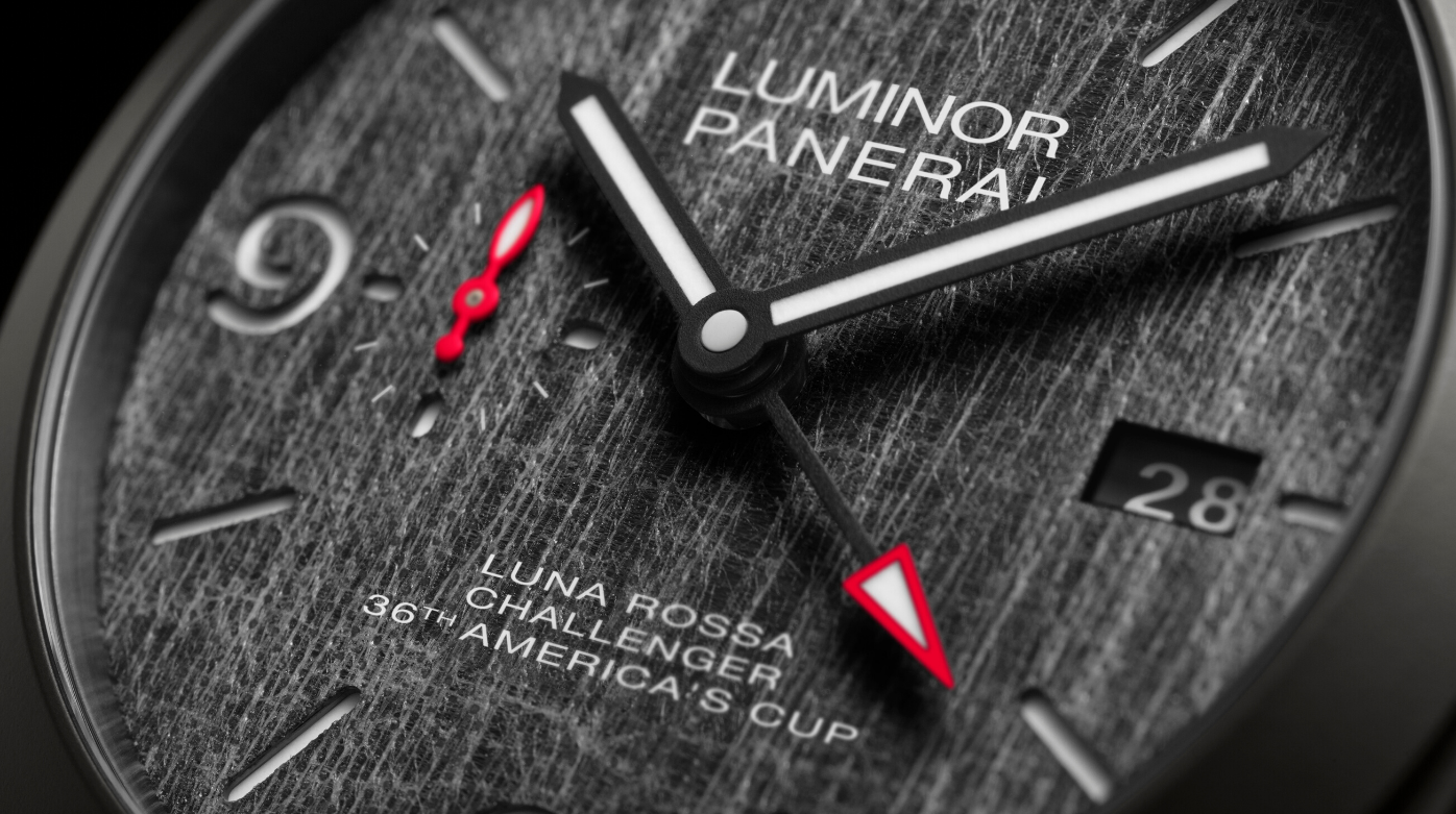 Panerai - Luminor Luna Rossa GMT