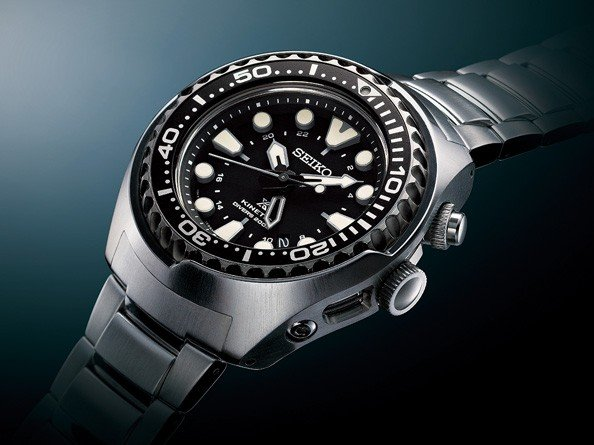 Seiko - Prospex Kinetic GMT Diver - Innovation and technology ... d0b397670