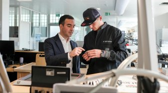 Max Verstappen visits the manufacture