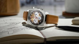 Chronomaster Revival A385 Trends and style