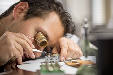 Watchmaking finishes