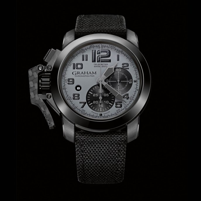 graham-chronofighter-oversize-2ccau.s01a